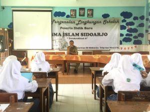 SMA Islam Sidoarjo Biasakan Sholat Dhuha dan Istighosah