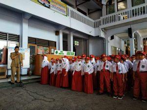 709 Siswa SD Islam Kota Blitar Ikuti Pengenalan Lingkungan Sekolah