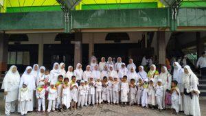 Yunisma Kencong Ajak Murid Bermanasik Haji
